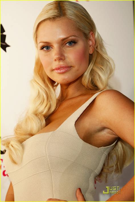 sophie monk launches hollywood fashion shapes photo