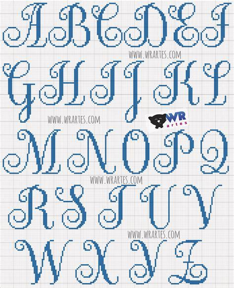ricamo lettere graphic capitale alfabeto a punto croce alfabeti