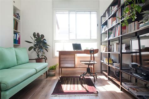The Apartment Office Ingenious Apartment In Tel Aviv Adopts A Trendy Vintage Style