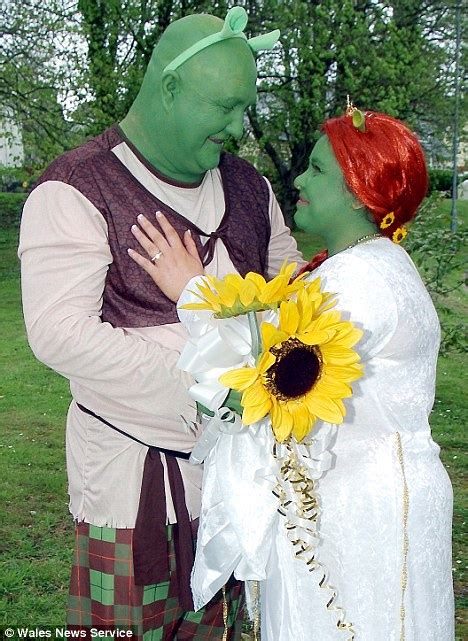 real life shrek wedding fairytale wedding as movie fans tie the knot dressed as