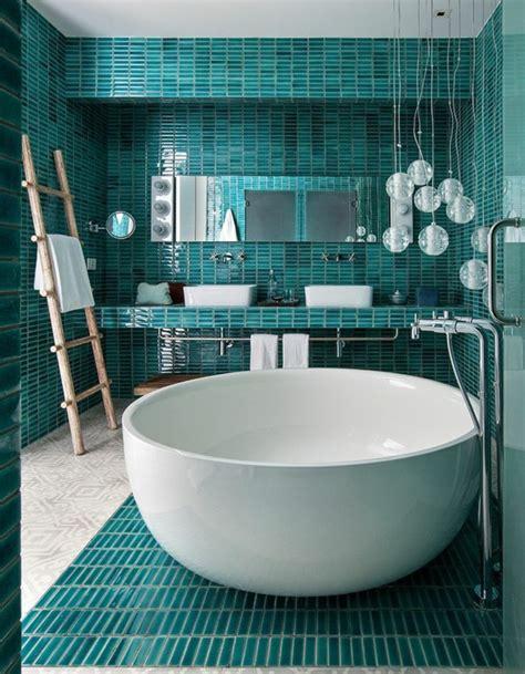 beheizte handtuchhalter für badezimmer regal badewannen design