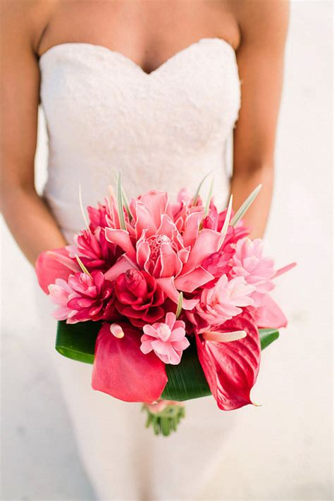 Wedding Bouquet Magazine by 12 Stunning Wedding Bouquets The Magazine