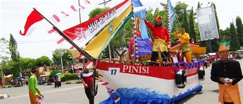 indonesia di hari yuk intip tradisi unik berbagai daerah di indonesia dalam