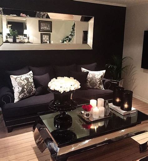 Living Room With Black Sofa Best 25 Black Decor Ideas On Black Sofa Living Room Living Room Decor With