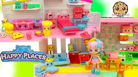 cookie swirl c dollhouse all 4 shopkins petkins decorator s packs with blind bags