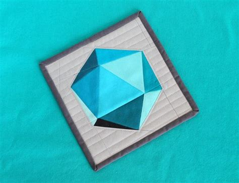 geometric pattern paper spinning icosahedron single quilt block 8 quot and 18