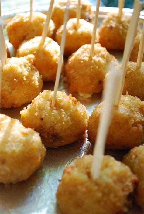 appetizers finger food 5 amazing appetizers to serve at your wedding bacon