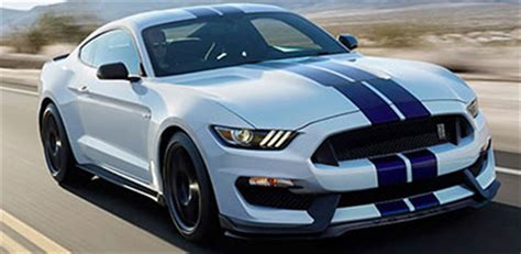 2015 ford mustang vs dodge challenger | lafayette ford lincoln