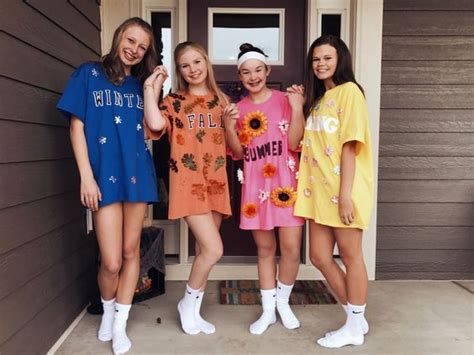 creative  spooky group halloween costume ideas