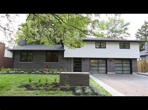 side split house renovations modern take on a 60 s side split tons of curb appeal photo curtesy www 430belvenia