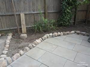Patio Edging by Completed Flagstone Patio How To Edge A Yard 187 Decor
