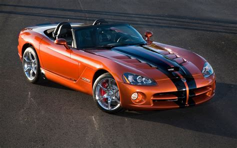 dodge viper by the numbers 1996 2008 dodge viper 2013 srt viper
