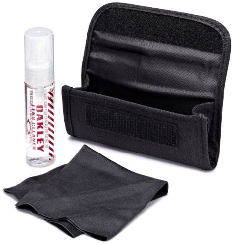 oakley lens cleaning kit black health personal care