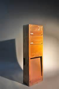 briefkasten mit beleuchtung rostiger standbriefkasten mit beleuchtung aus corten stahl