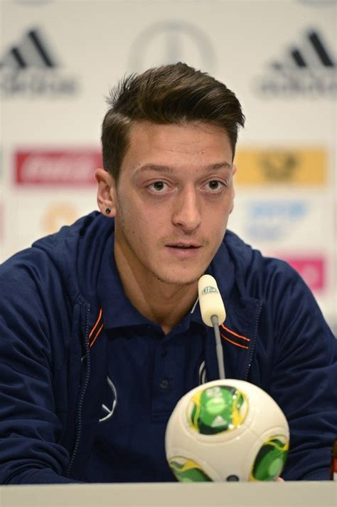 mesut ozil new haircut pin by ivan chell on cool men s haircut pinterest