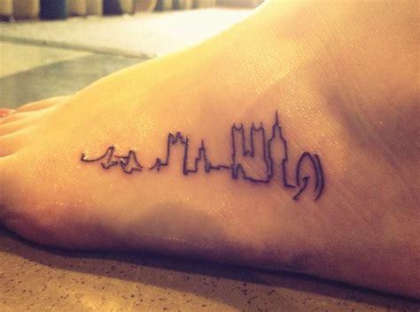 tattoo london writing london skyline tat so cute pretty tats pinterest