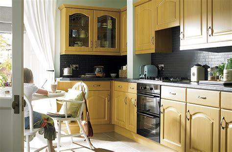b q kitchen ideas it chilton traditional oak effect diy at b q