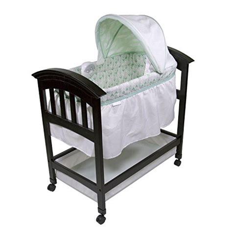summer infant classic comfort wood bassinet summer infant classic comfort wood on point bassinet