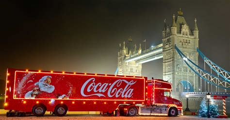 wallpaper christmas coca cola coca cola christmas widescreen background wallpapers 8884
