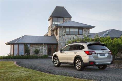 difference between subaru outback and legacy differences in 2014 and 2015 outback autos post