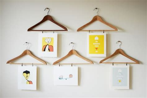 how to hang prints 17 more diy wall ideas