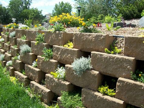 Add Space With Creative Vertical Gardens Part 2 The Garden Walls