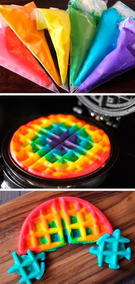 como decorar waffles 25 best ideas about rainbow waffles on pinterest
