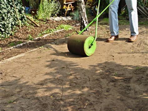 rullo giardino fai da te seminare il prato fai da te in giardino