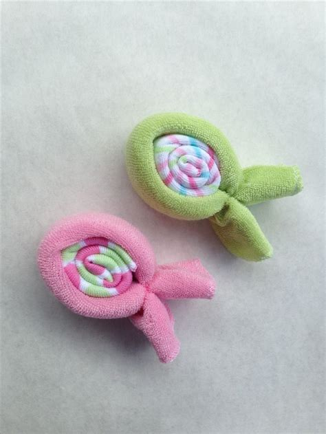 Washcloth Origami - 25 best ideas about baby washcloth on