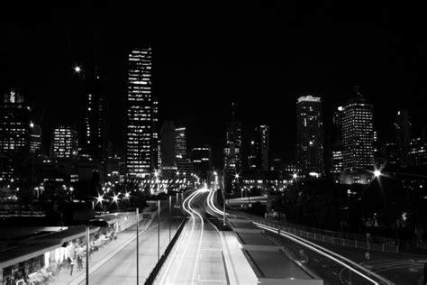 imagenes a blanco y negro de ciudades ciudad de noche en blanco y negro 72723
