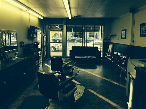 downtown barber wewoka ok downtown barbershop 10 reviews barbers 609 s main st