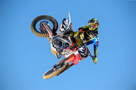freestyle motocross game wallpaper chad reed motocross fmx rider freestyle