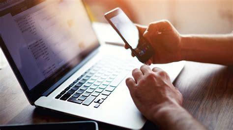 nigerias internet fraudsters focus  corporate  mail