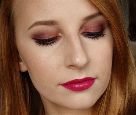 Maybelline Mascara Veh Black V2 purple fall makeup adjusting