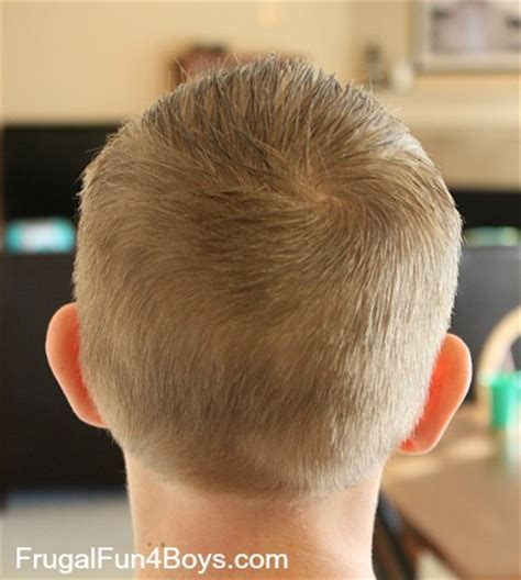 how to do a boy's haircut with clippers
