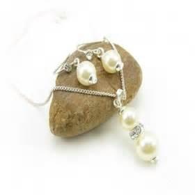 Flirty White Elephant Pearl Korean Fashion Bracelet chic white pearl rhinestone pendant chain necklace
