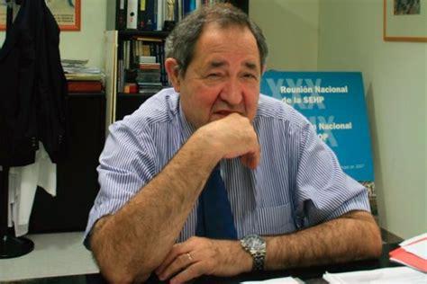 cunto gana un profesor universitario por ao ehow en http www immedicohospitalario es