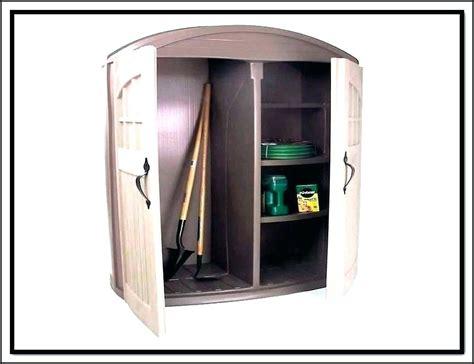 rubbermaid deck storage cabinet rubbermaid outdoor storage cabinet deck box storage