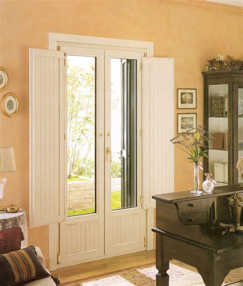 finestre con scuri interni porta finestra in pvc vecchia mdb portas nurith