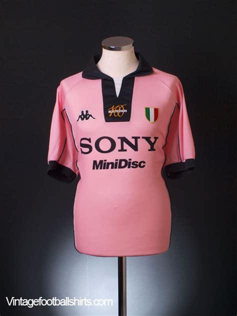 desain jersey warna pink jersey away juventus warna pink floyd