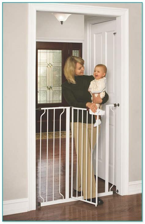 Patio Door Baby Gate Gorgeous Baby Gate For Patio Doors