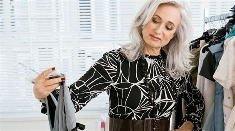 Women Over 60 Love fashion   SixtySomething   Over Sixty