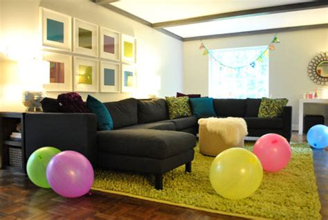 Decorating A Room With Balloons by Of Air The Walkup