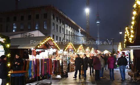 weihnachtsmarkt berlin ab wann der f 246 rderverein auf dem nostalgischen weihnachtsmarkt