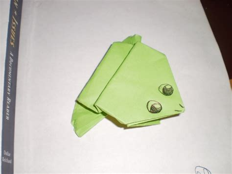 Make Frog From Paper - how to make a paper frog 11