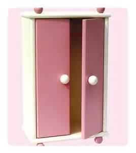 armoire en bois laqu 233 petitcollin www poupees baigneurs