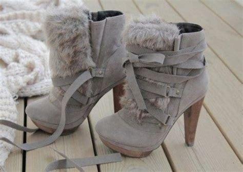 shoes boots undefined medium heels fur platform shoes