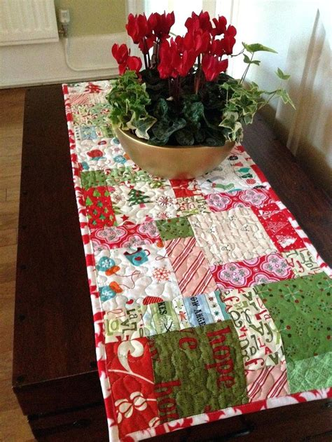 christmas pattern bedding easy christmas quilts boltonphoenixtheatre com