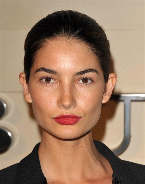 Lipstik Ily aldridge lipstick makeup lookbook stylebistro