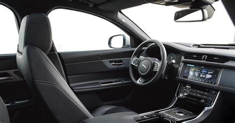 jaguar xf interni jaguar xf sportbrake gli interni e l ergonomia